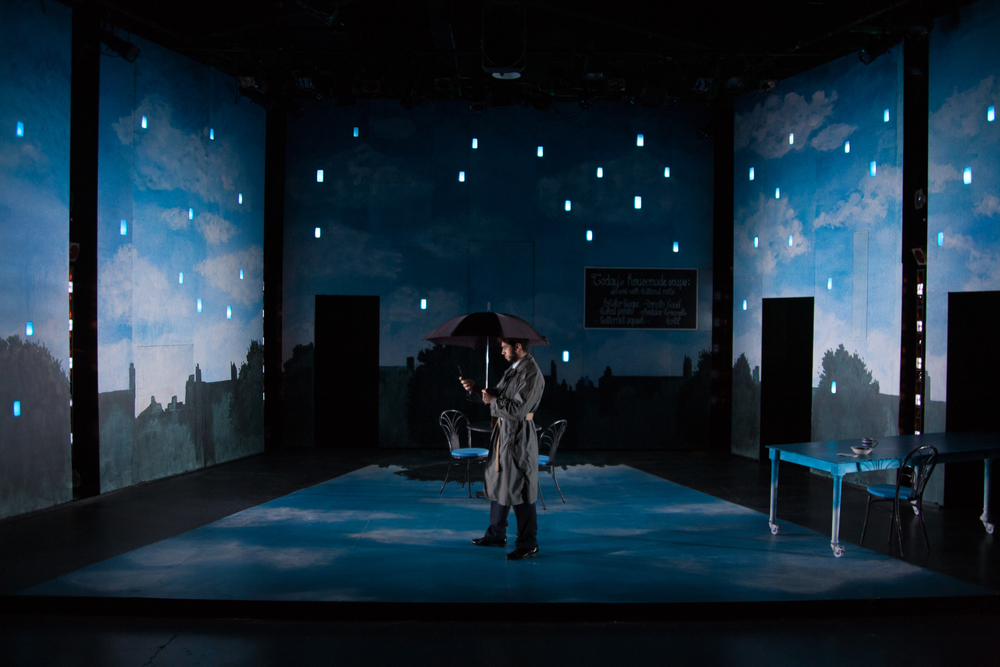 dead mans cell phone Down a cellular rabbit hole: andrew borba and margaret welsh in  dead man's cell phone, sarah ruhl's fantastical new play about.
