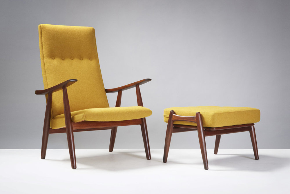 Hans Wegner  GE-260 Chair & GE-240 Ottoman, Teak
