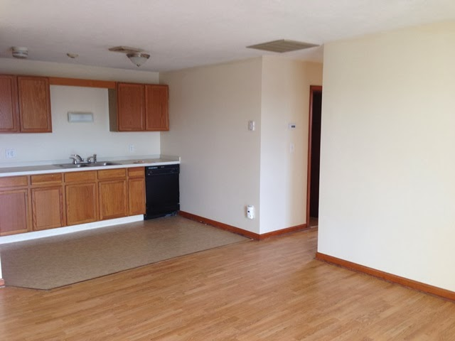 2BR Units at Clearview Apartments 4000 N Main St Fall River, MA ...