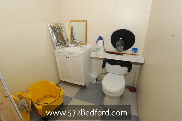 572 Bedford St Fall River MA Building For Sale REMAX Right Choice David M Ferreira 508realestate16.jpg