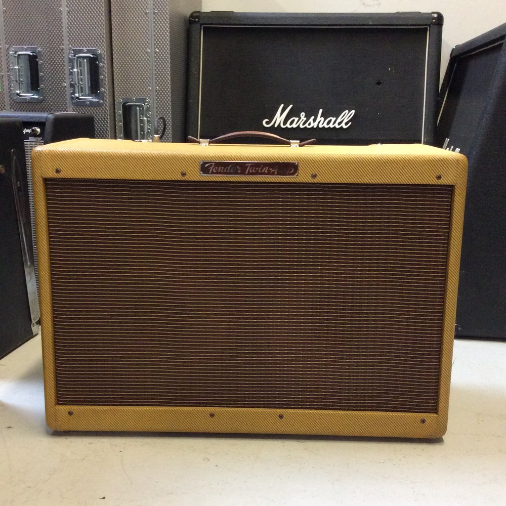 2x12 Fender Twin Amp  Notes: