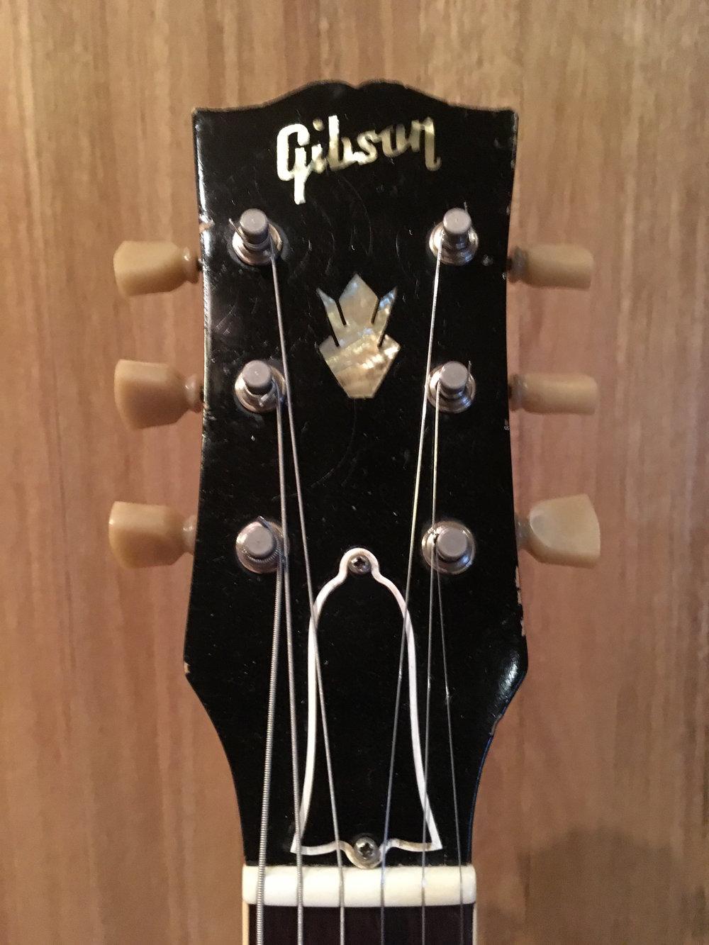 Gibson 335 (6).jpg