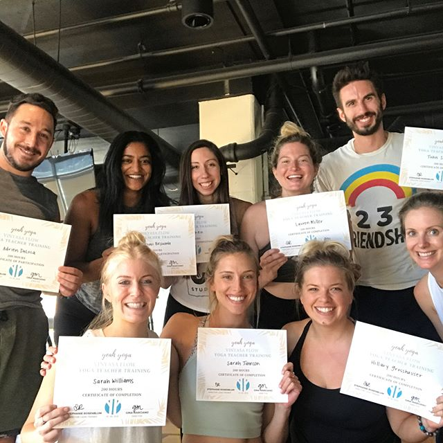 So much love for this growing community of kind compassionate super hero's! 🙏🏽💛 #yeahyoga #training #divedeeper #yogateacher #chicagoyoga #vinyasa #yoga #education