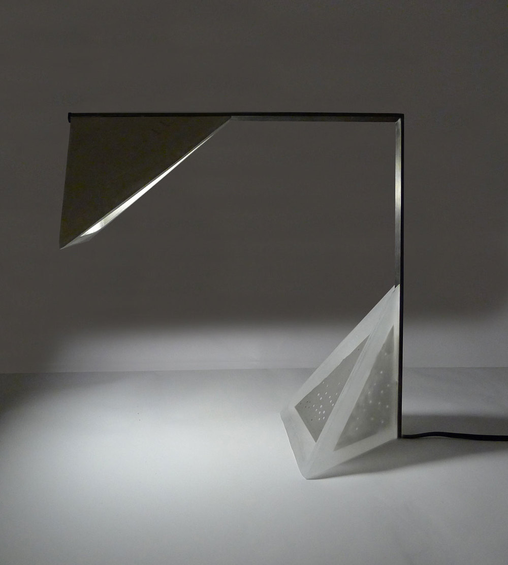 EMERGING Category — L A M P -> Table Carre Led