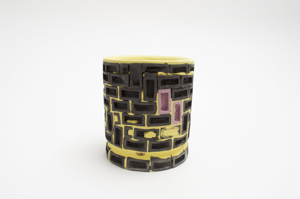 Mini-Brickware Cup (Black-Yellow-Purple)