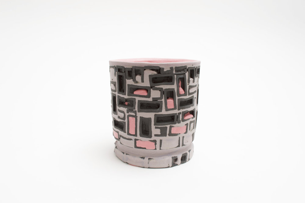 Mini-Brickware Cup (Black-Lavender-Pink)
