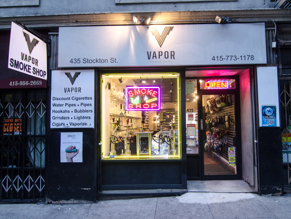 Vapor Smoke Shop-70.jpg