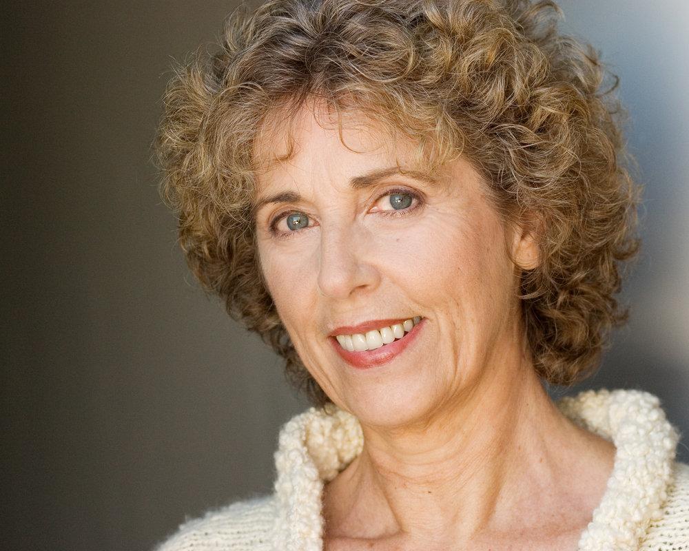 Judy Specht Headshot.jpg