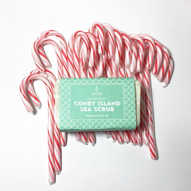#ConeyIslandSeaScrub and a classic #holiday #candycane 🌿 the perfect #peppermint pair . . . #locallathers #coneyisland #brooklyn #madeinbrooklyn #handmadebarsoap #natural #beauty #soap #bath #body #clean #skincare #naturalskincare