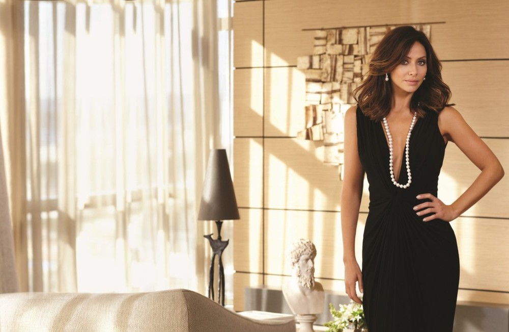 Natalie Imbruglia wearing Kailis pearls. Source: www.coffeyandtea.com