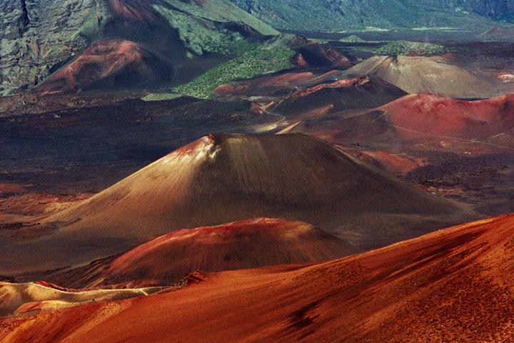 maui-haleakala-crater-full.jpg