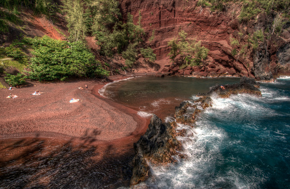 Red Sand Beach.png