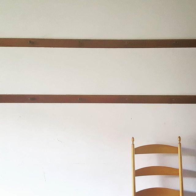 Simplicity #shakervillage #shaker #interior #minimal #whiteinterior #berkshires #americana #handcraft #wood