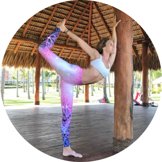 Amy Rose | @amyroseyoga
