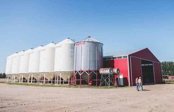 TCT-CLIF_GT_Saskatchewan_barn.jpg