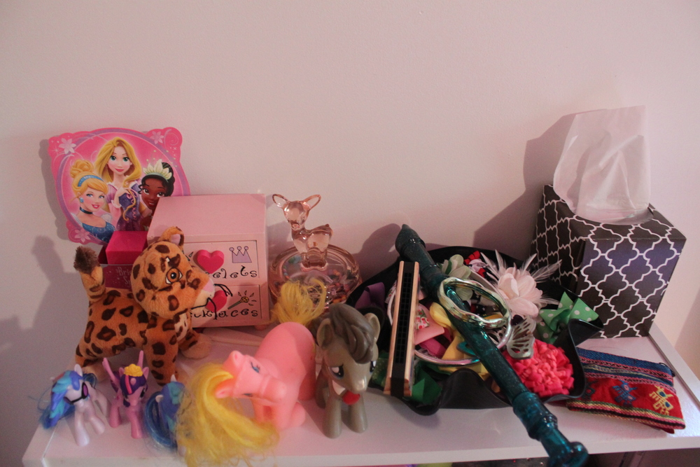 Notice that sweet little pink deer container? Just scored that at a garage sale!