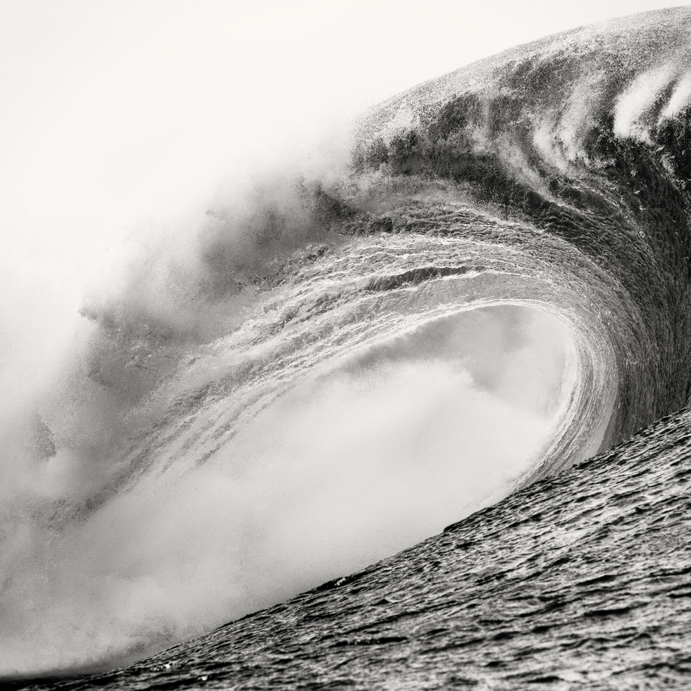 12_646h_©jeff hornbaker_08_tahiti_empty waves_5960__1__2_crop_coffee.jpg
