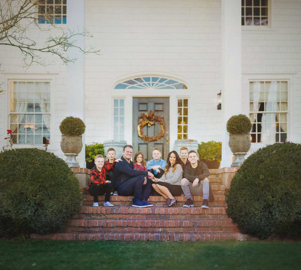 [Group 0]-wilson-family-pano2-1_wilson-family-pano2-9-13 images_0000-Edit-2.jpg