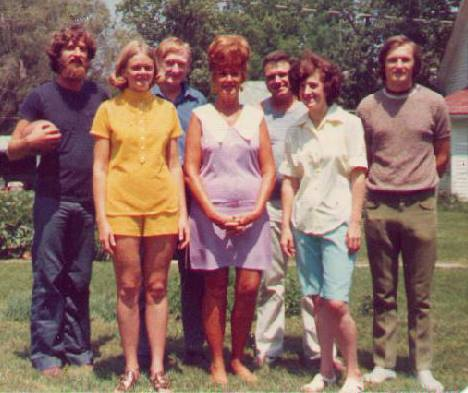Lonn, Greta, Wayne, Lucille, Leslie, Merna, and John (Left to Right)