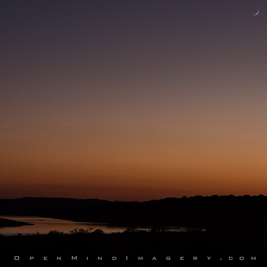 Sunset/Moonrise  at Mudd Cove over looking Lake Travis