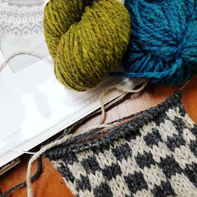 It's not too late to join the Strange Brew KAL! We spent Sunday swatching and coming up with pattern ideas. Don't want to commit to a sweater? Strange Brew can be a hat or a cowl too! #strangebrew @tincanknits #brooklyntweed #knitting #colorwork #strandedknitting #knittersofinstagram #knitsweater
