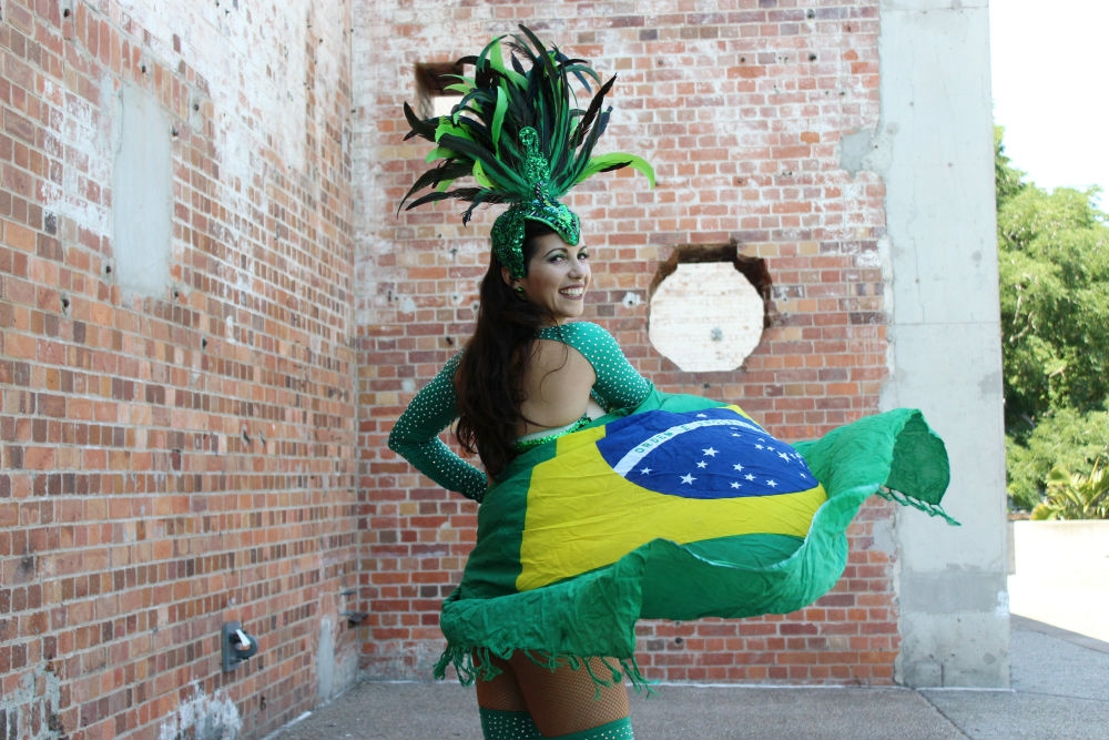 PHOTOSHOOT by DIVA HEADWRAPS : Daniela requested that our owner/founder Charmaine collaborate with her on this professional photoshoot. The images will be used to promote Daniela's general love for samba.