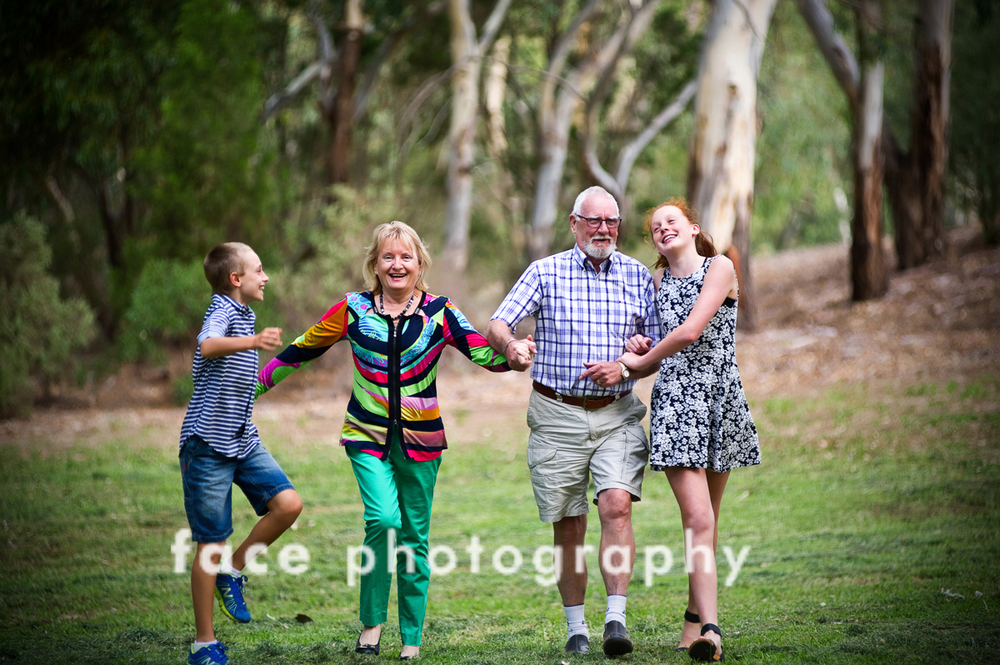 grandparents and grandchildren_Face Photography
