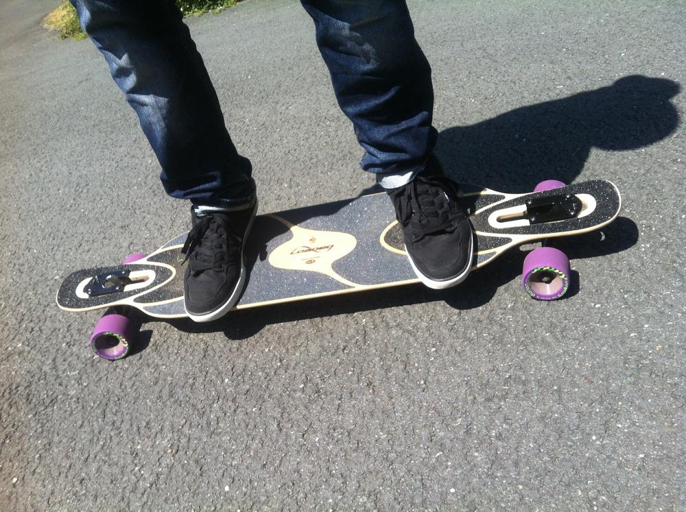 Fußstellung auf dem Longboard