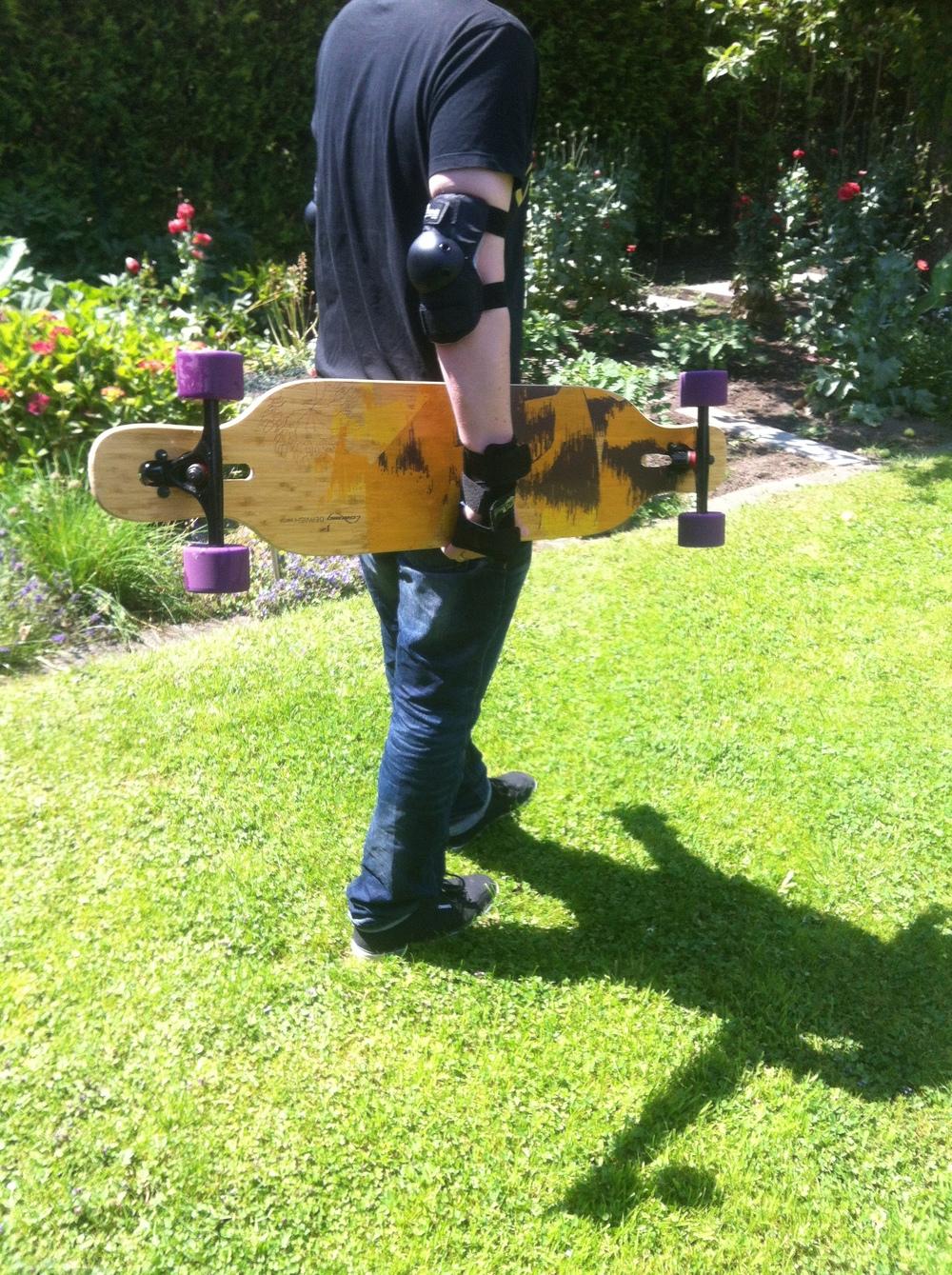 Schutzaufrüstung für Longboarder