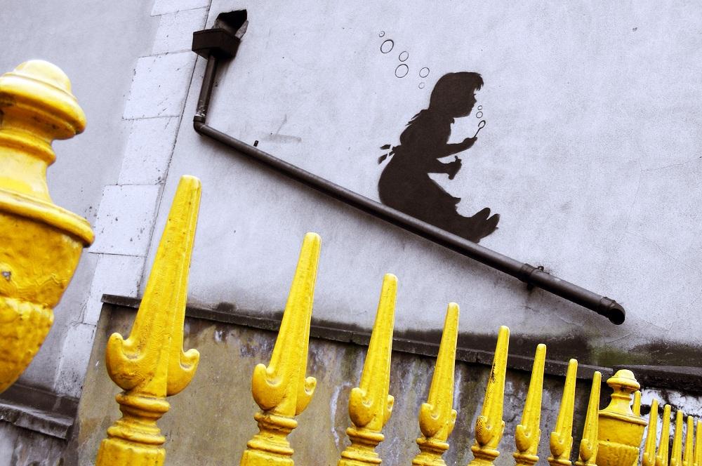 vintage-london-banksy-street-art.jpg