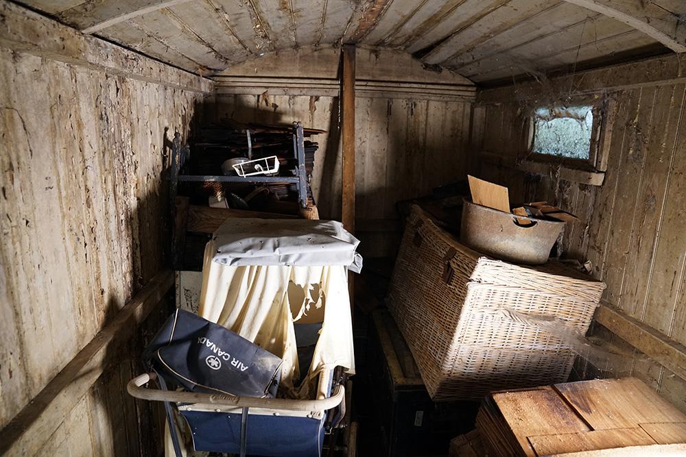 shepherds-hut-restoration-00002.jpg