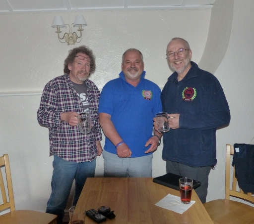 Winners: Mike Burrows (Right) and Alan Spencer (Left) with organiser Jerry pennell.