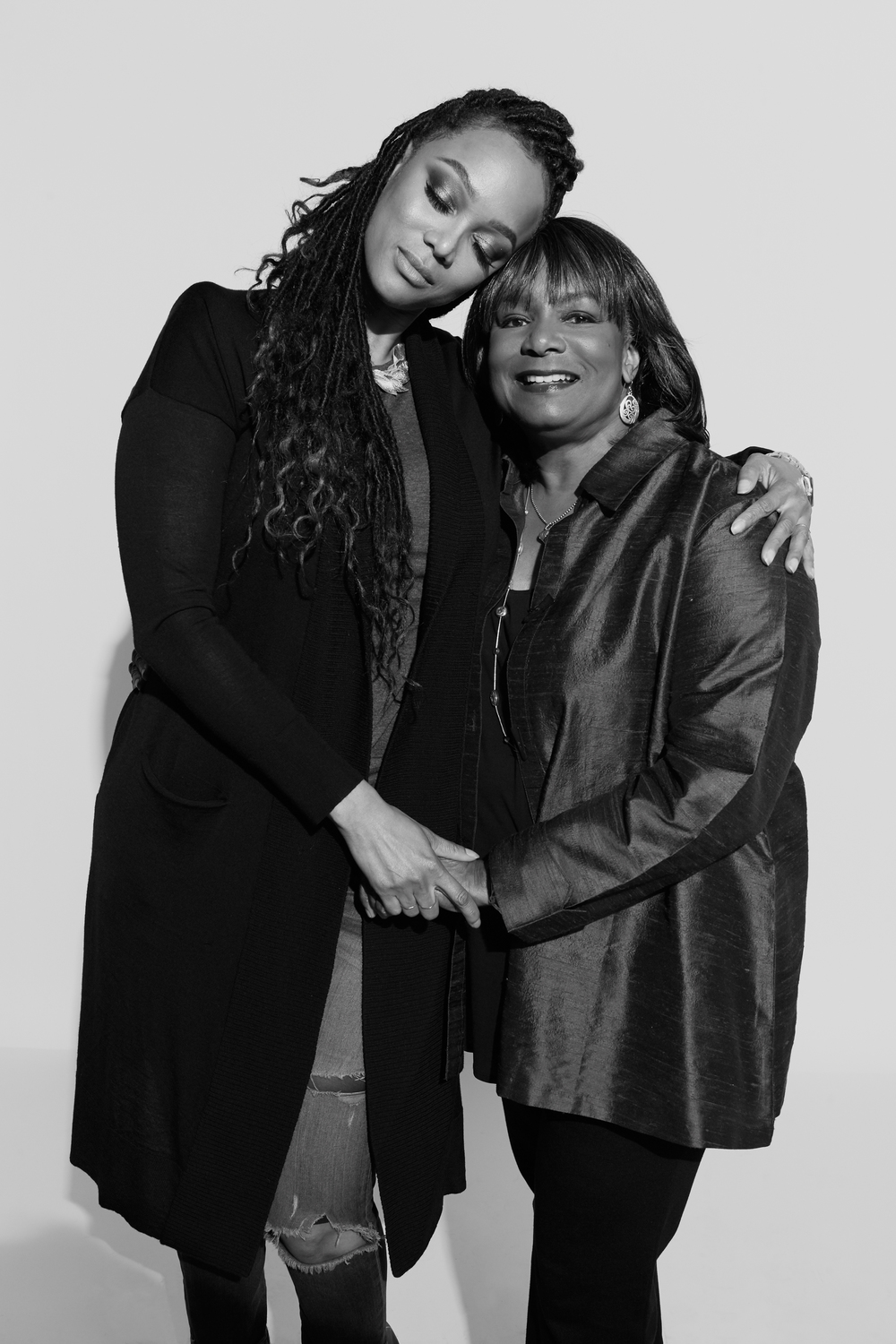 Tyra Banks and her mom photographed by Kate Owen black and white portrait #powertrip Marie Claire Magazine portraits of power