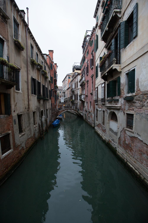 Italy 2-5-6147.jpg