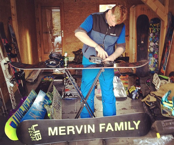 Photo by surfspike.png