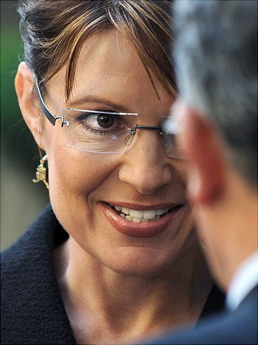 palin-caught-in-crosshairs-map-controversy-after-tucson-shootings.jpg