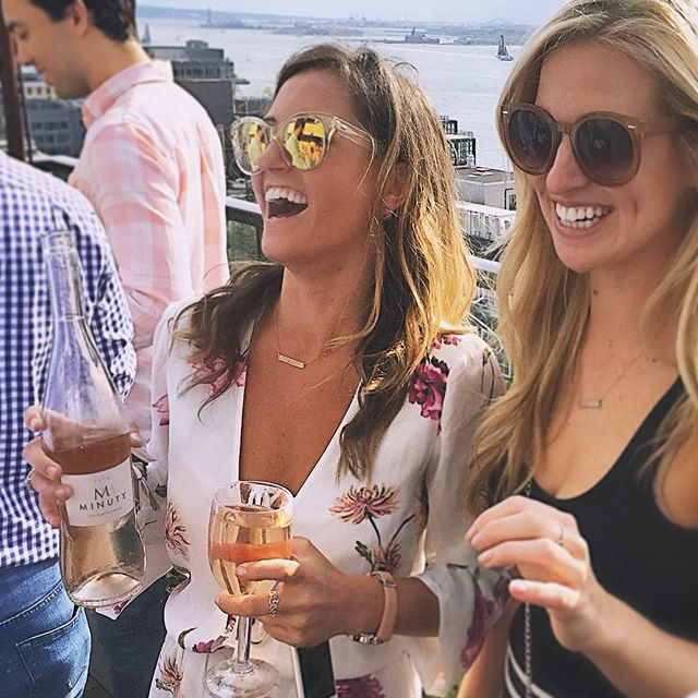 April showers brings rosé rooftop weather. 😁🌸🌹🍷 #currentmood #mayday #roséseason // @sarahbee_6 @smerrill212 @finewineandagoodtime