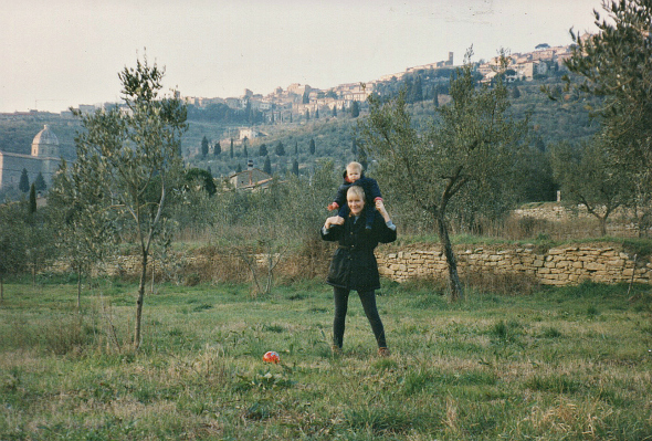 Sofie & Mia in Cortona
