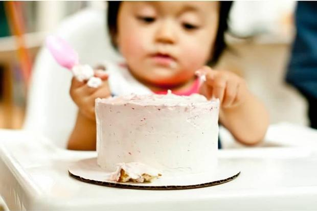 first party cake.jpg
