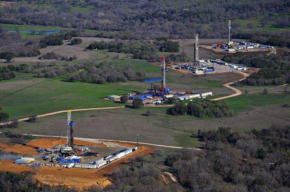 oil rigs.jpeg