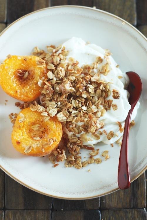 Granola, Apricots, Yogurt