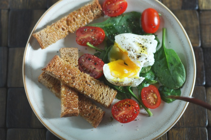 Poached Egg & Spinach Salad