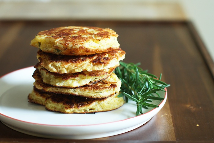 Corn Cakes with Rosemary & White Cheddar :: Set the Table
