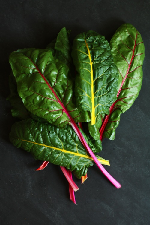 Homegrown Rainbow Chard :: Poner la mesa