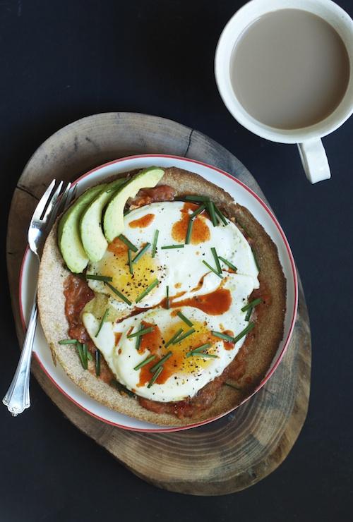 Eggs on a Crispy Tortilla :: Set the Table