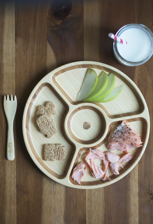 Salmon for Toddlers :: Set the Table