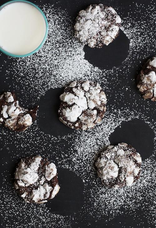 Flourless Chocolate Crinkle Cookies