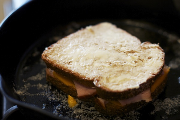 grilled-ham-and-cheese-sandwich7
