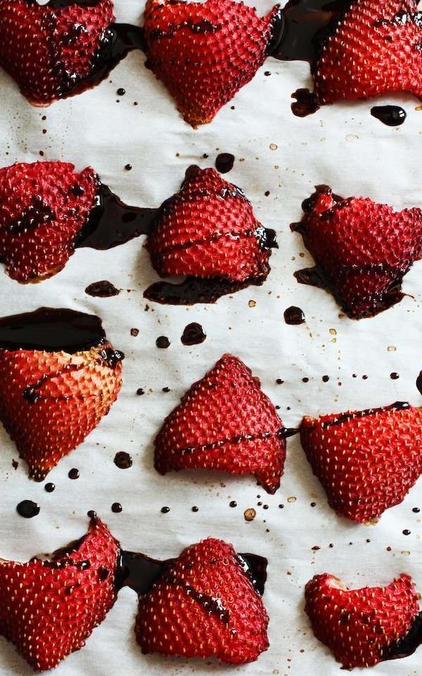 roasted-balsamic-strawberries1