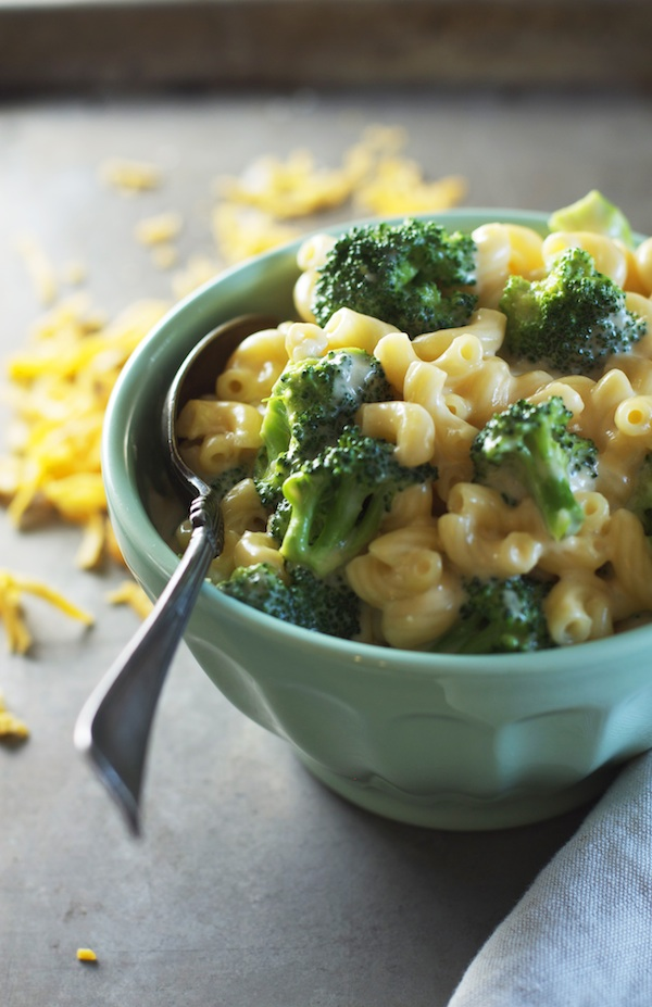 Stovetop Broccoli Mac & Cheese | Set the Table
